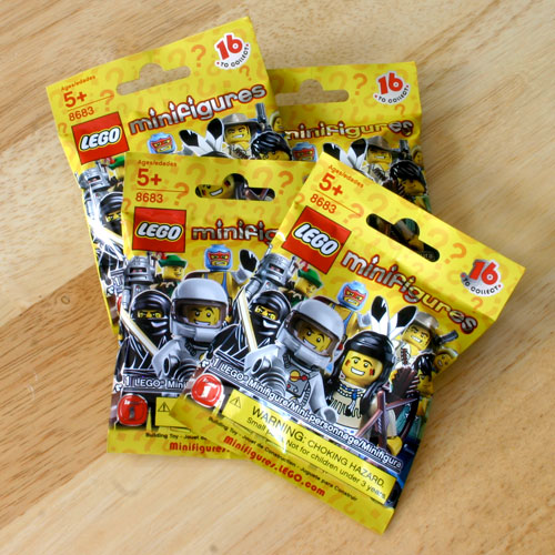 LEGO Minifigures packets