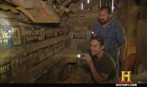 american pickers easy rider - walls made of Old Town Crier flour signs