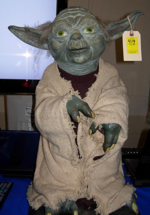 space toy auction yoda lifesize figure