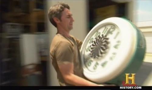 american pickers frank flips neon clock