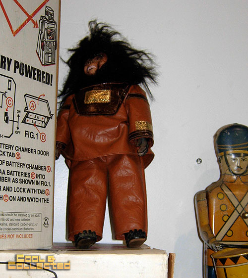 dc big lea  - planet of the apes - autograph doll