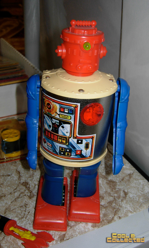 dc big flea toy robot