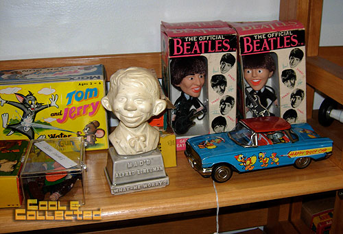 DC Big Flea - vintage beatles nodders