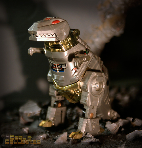 Taking better photographs - Transformers Grimlock