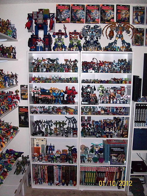 Collector Profile Flywheels Rolls Out His Transformers