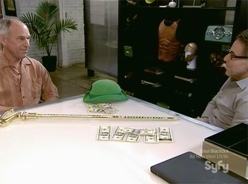 Hollywood Treasure - Jim Carrey's riddler hat and cane movie props