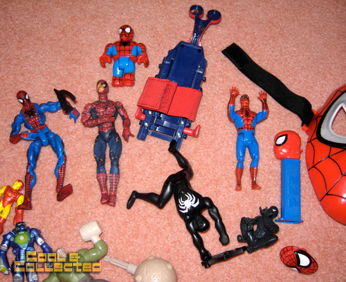 whats in the box -- Spiderman action figures