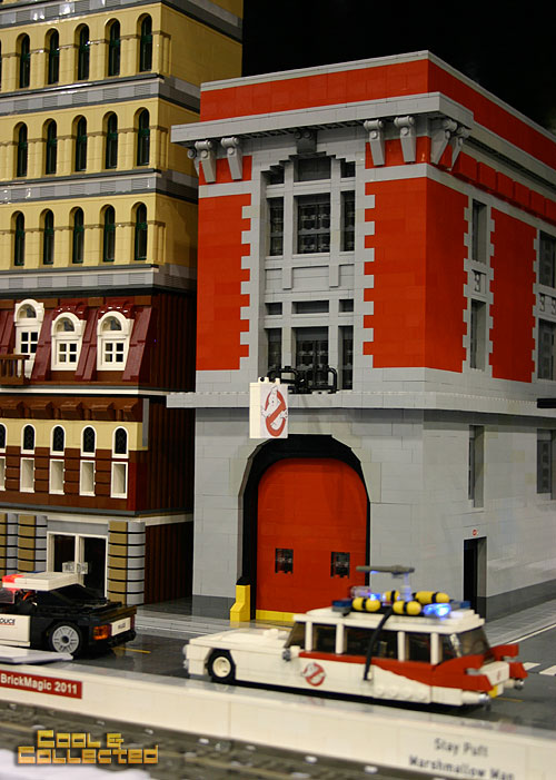 lego brickfair 2012 Ghostbusters firehouse and Ecto-1