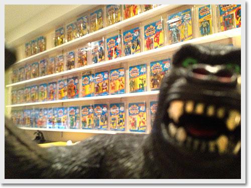 king kong visits the nerd nook
