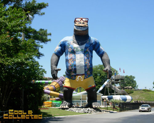virginia beach giant king kong statue