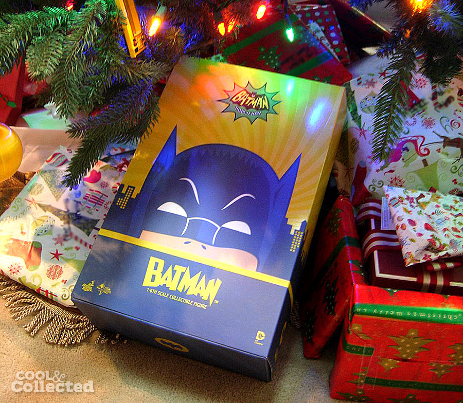 hot-toys-batman-christmas