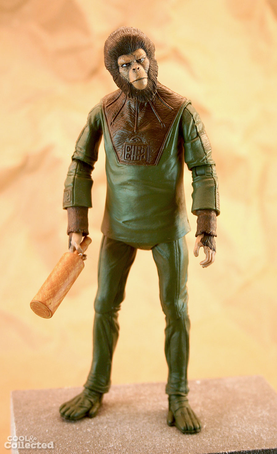 neca-planet-of-the-apes-cornelius-action-figure4