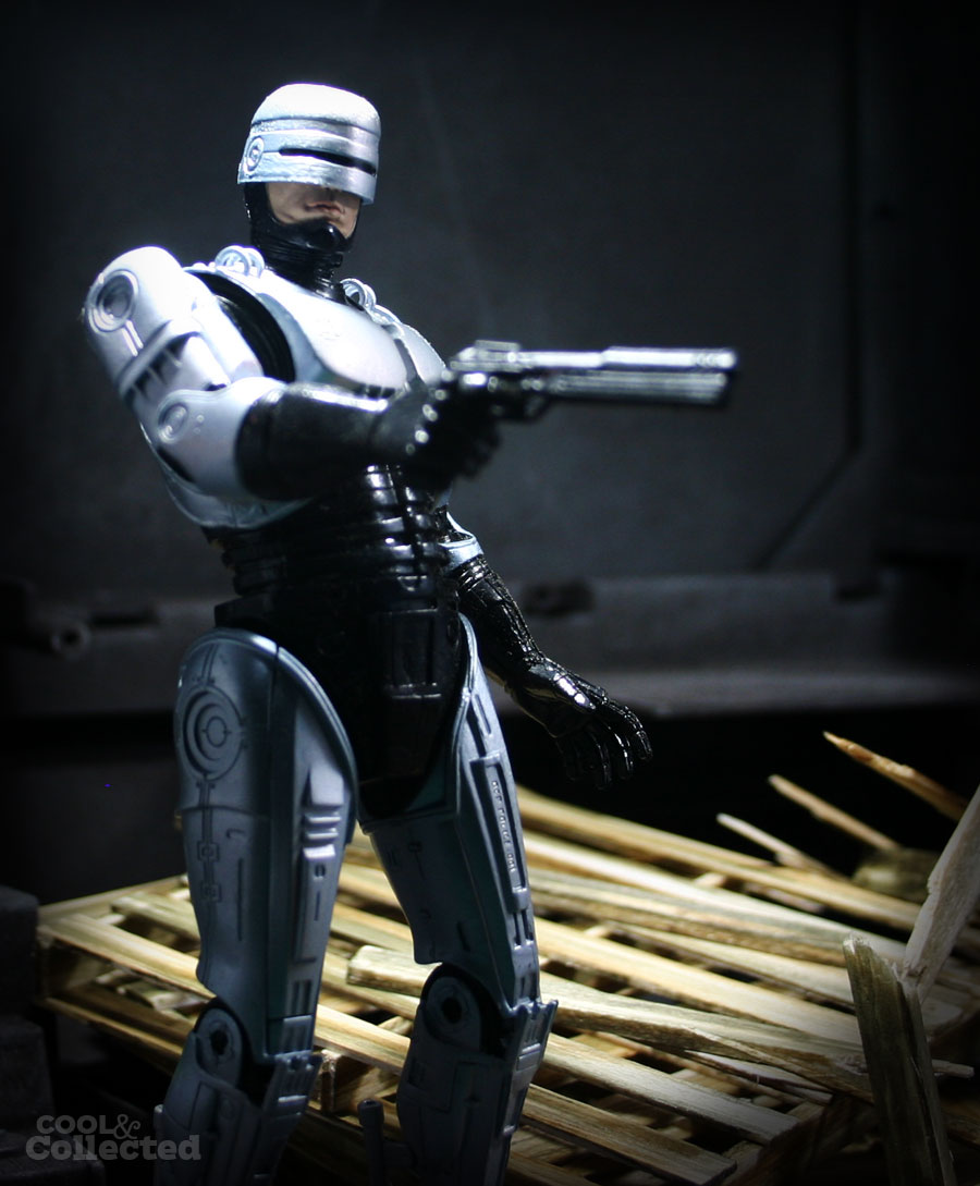 neca-robocop-action-figure-1